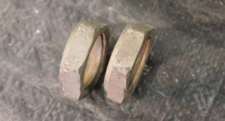 UL / VL INTAKE NUTS AND SEALS / USED