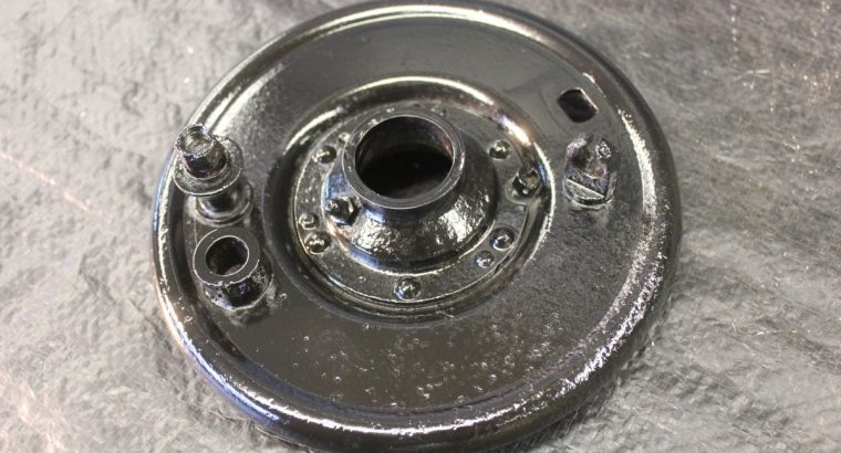 VL LATE STYLE FRONT BRAKE BACKING PLATE