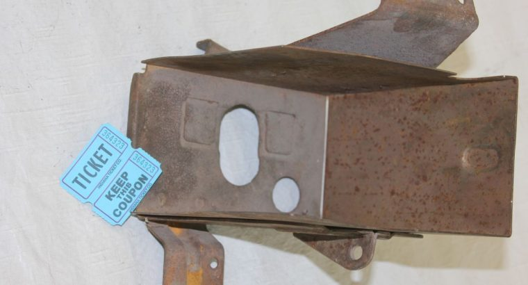 VL EARLY STYLE BATTERY BOX / NO LID